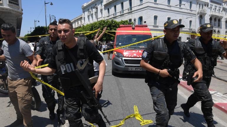 Tunisie : le groupe Etat islamique revendique le double attentat-suicide de Tunis
