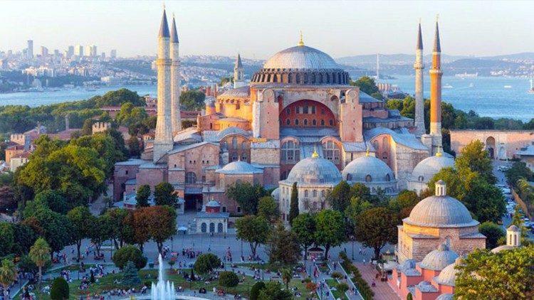 """Les signes du timing de la conversion de 'Sainte Sophie"""" en mosquée"""
