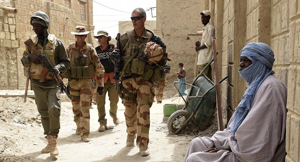 Le sommet des pays du Sahel africain et la France  les connotations du calendrier de la tenue de ce sommet.
