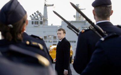 La France prend le commandement du groupe naval des forces de la coalition internationale dans le Golfe